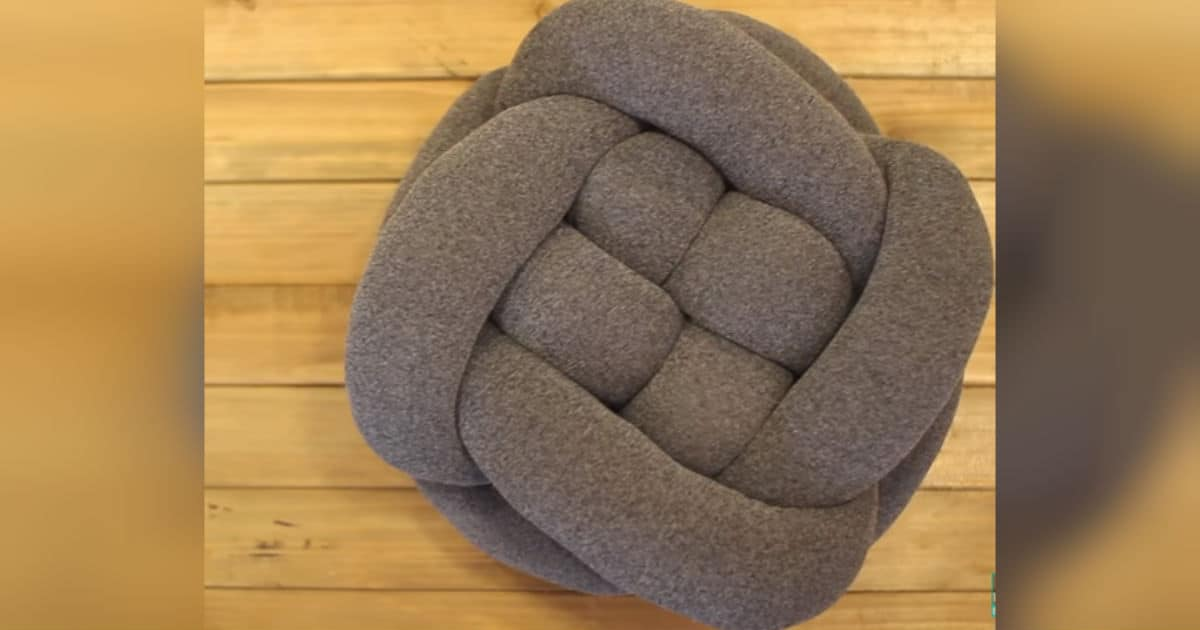 DIY know throw pillow