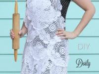 DIY lace doily apron 200x150 15 Best Lace Doilies Crafts for Vintage Inspiration