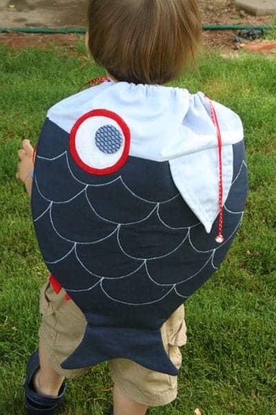 Drawstring fish backpack