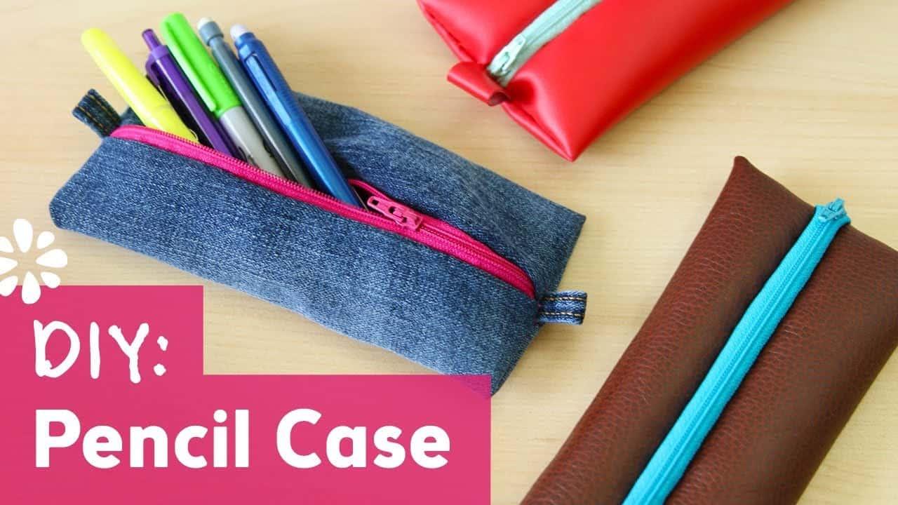 Flat zipping pencil cases 15 Cute DIY Pencil Cases Ideas & Tutorials