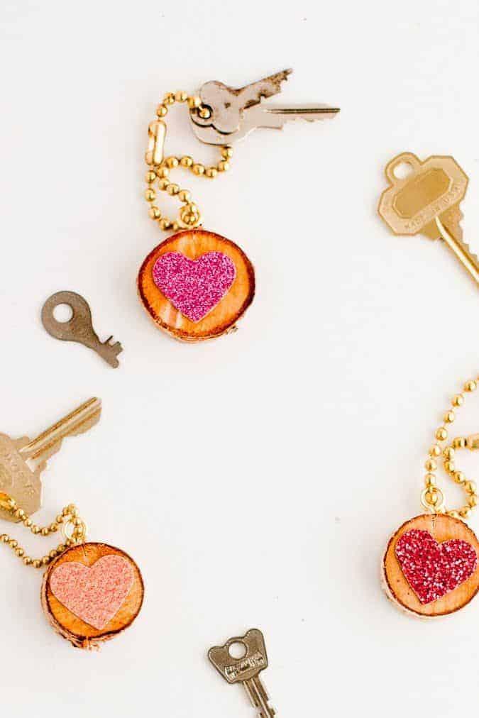 Birch slice and glitter heart keychain
