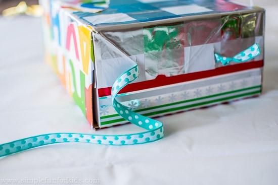 DIY ribbon sensory box for babies