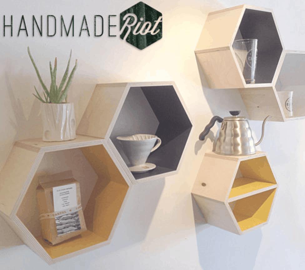 Even simpler changeable hexagon shelves