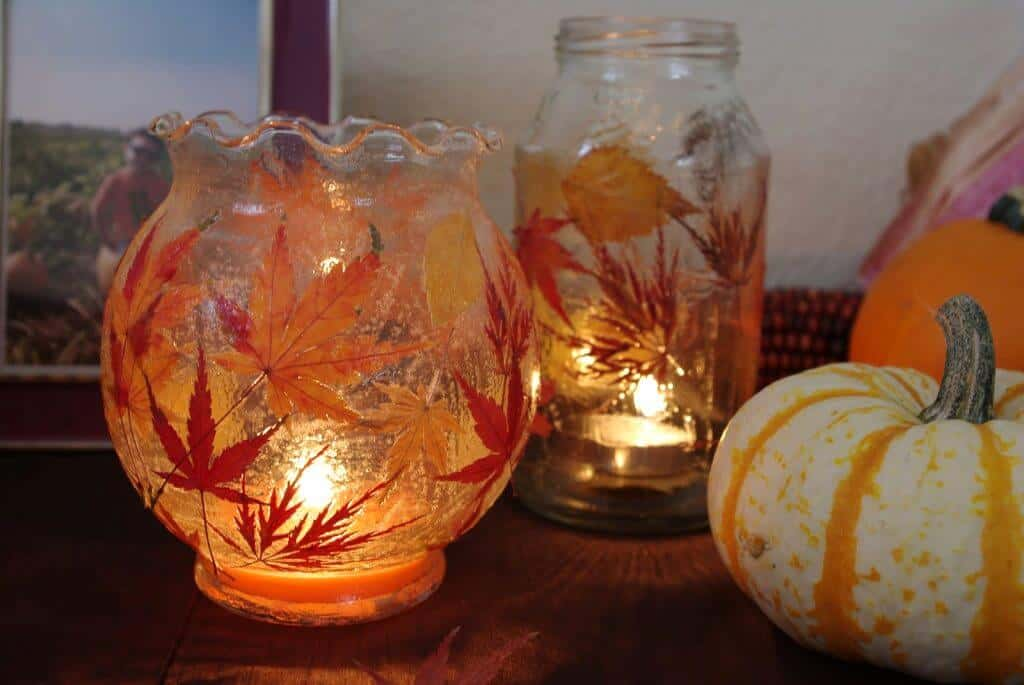 Fall leaf lanterns 15 Cute Fall Crafts for Kids That Are Fun to Make
