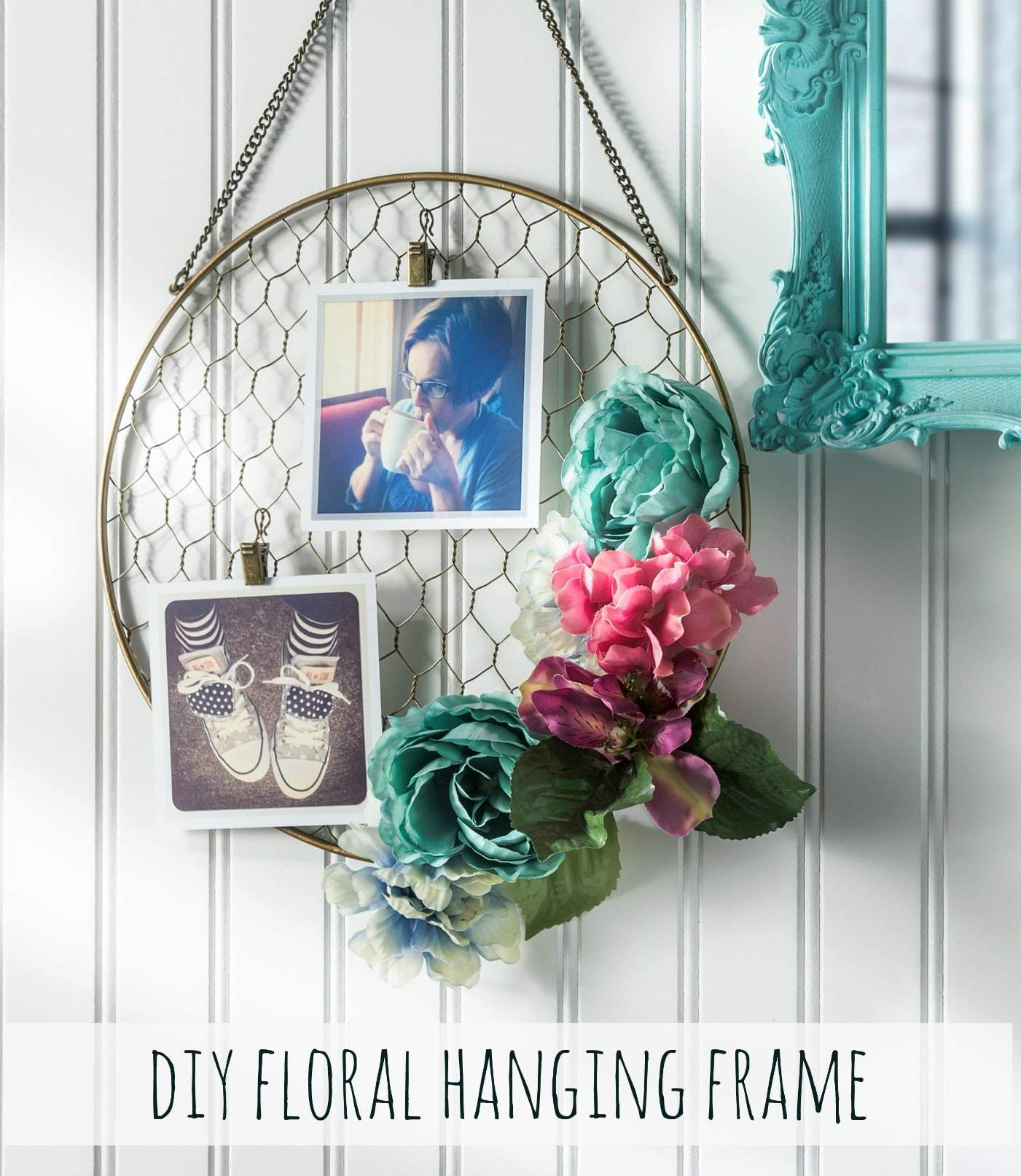 Floral hanging wire frame 15 Creative DIY Picture Frames for Cool Walls