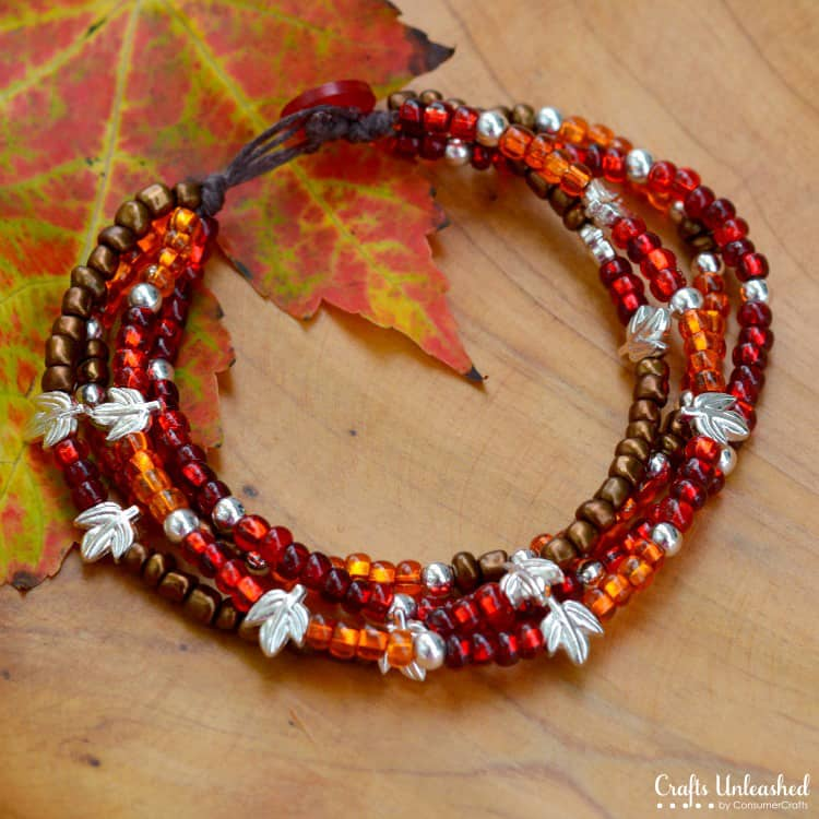 Fall beaded winding necklace