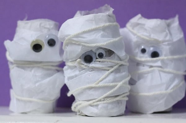 15 Halloween Crafts for Toddlers with Spooky Creativity