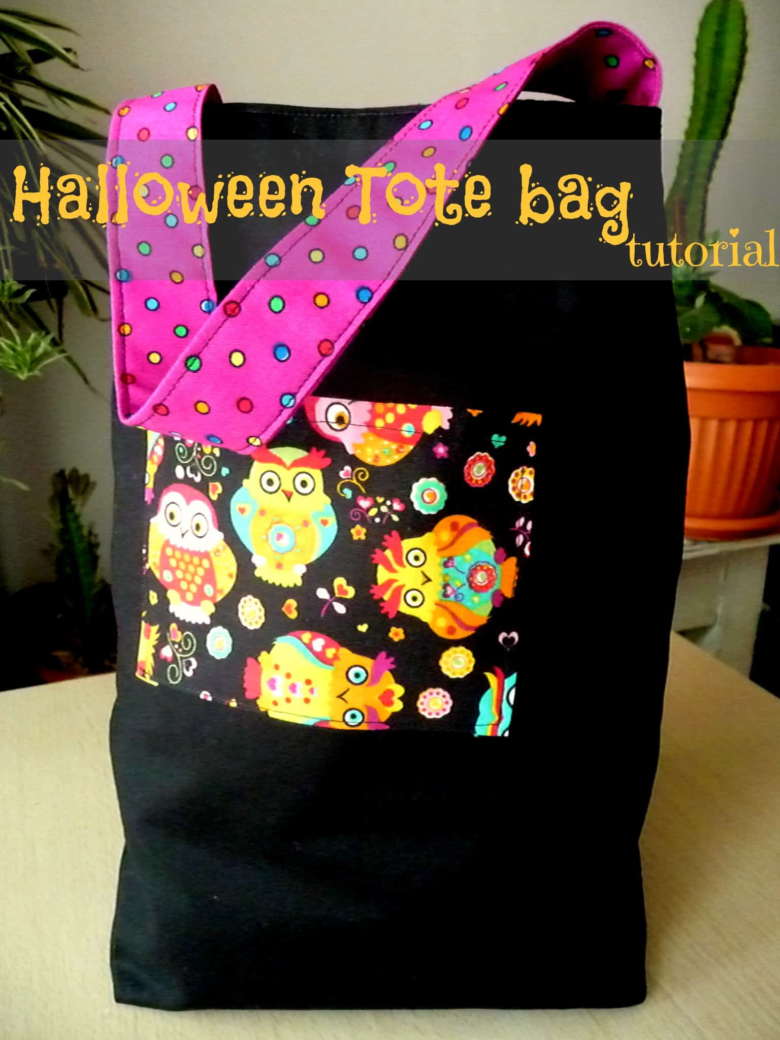 Trick-or-treat tote bags with a pocket