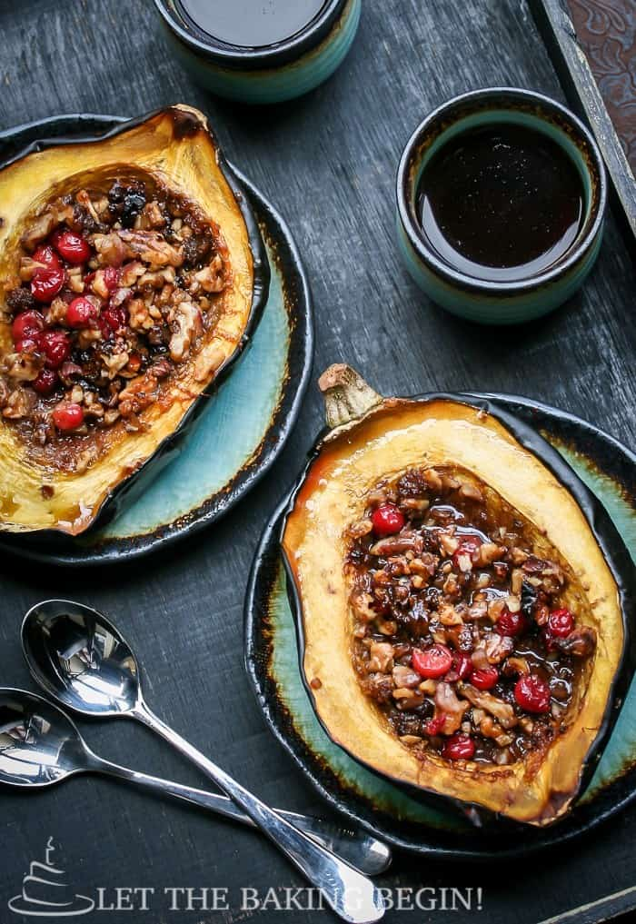 Filled acorn squash with walnuts and cranberry