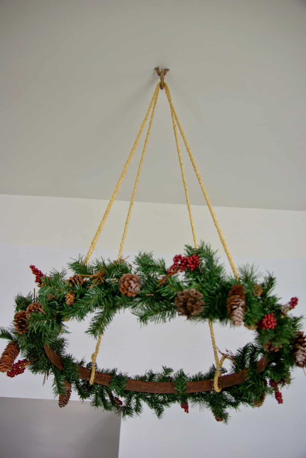 Hanging ceiling wreath
