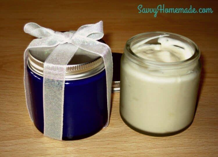 Natural homemade foot scrub and post-bath cream