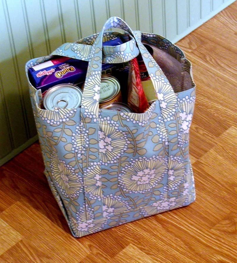 Square shaped reusable tote