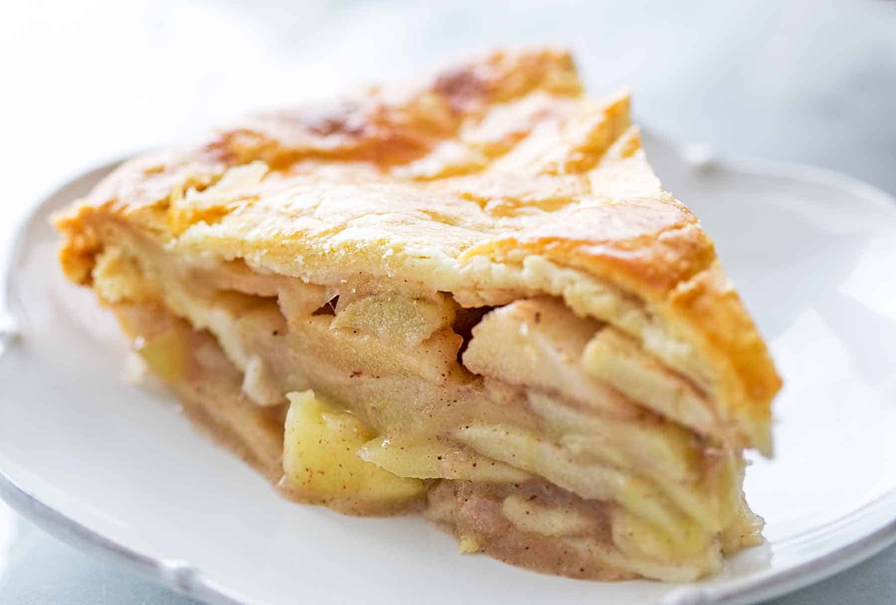 Traditional homemade apple pie