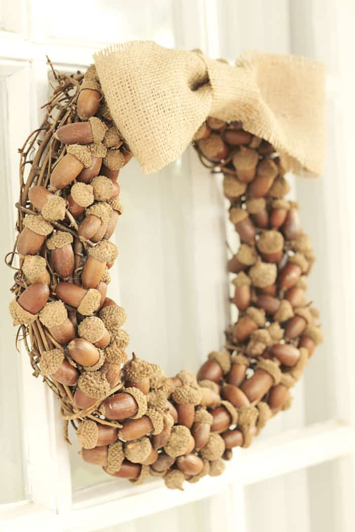 DIY acorn wreath