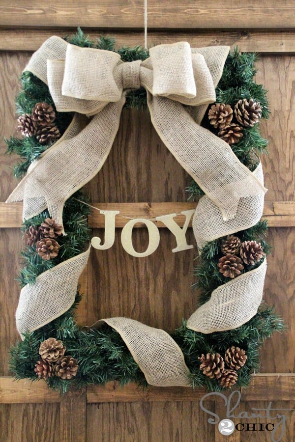 Fir and pinecone rectangle wreath