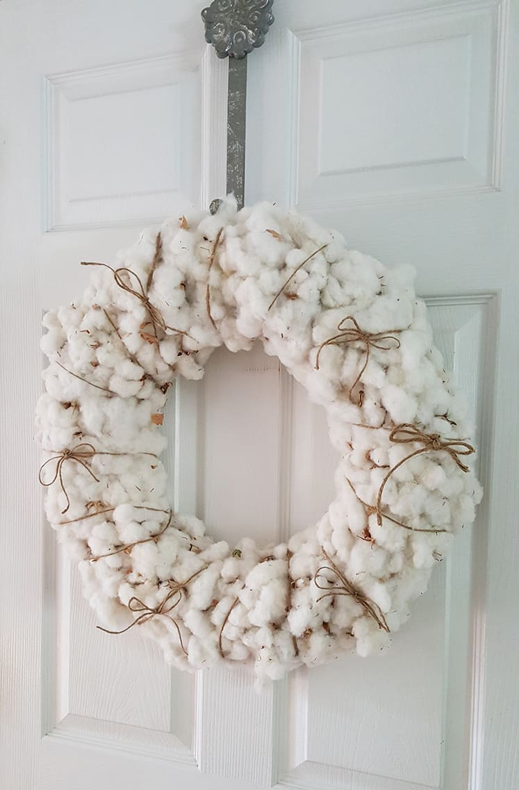 Full and fluffy cotton wreath