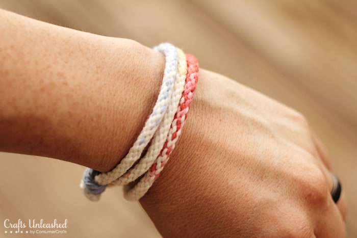 Ombre Kumihimo yarn frienship braceletså 15 Best Homemade Stocking Stuffers Ideas and Projects