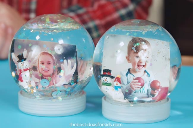 Simple photo snow globe 15 DIY Snow Globes to Craft with Your Kids