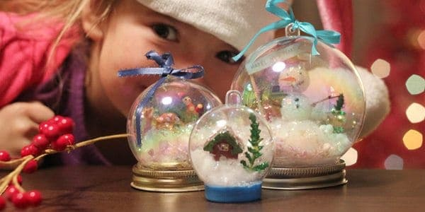 Waterless jar lid and glitter snow globe ornaments