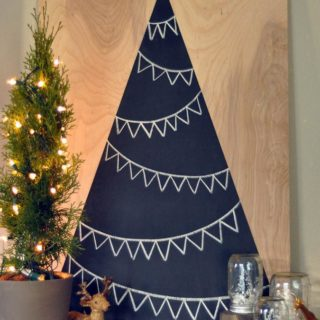 15 Homemade Alternative Christmas Trees That Are Striking