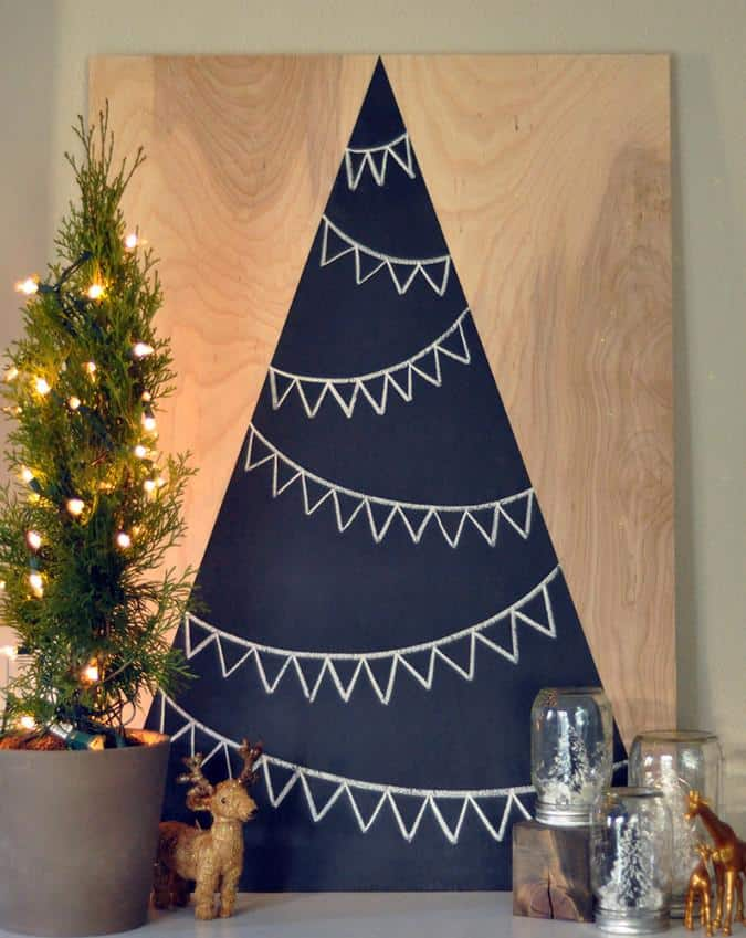 Wooden chalkboard Christmas tree
