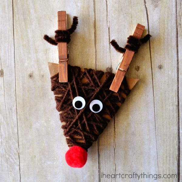 Yarn wrapped clothespin reindeer craft