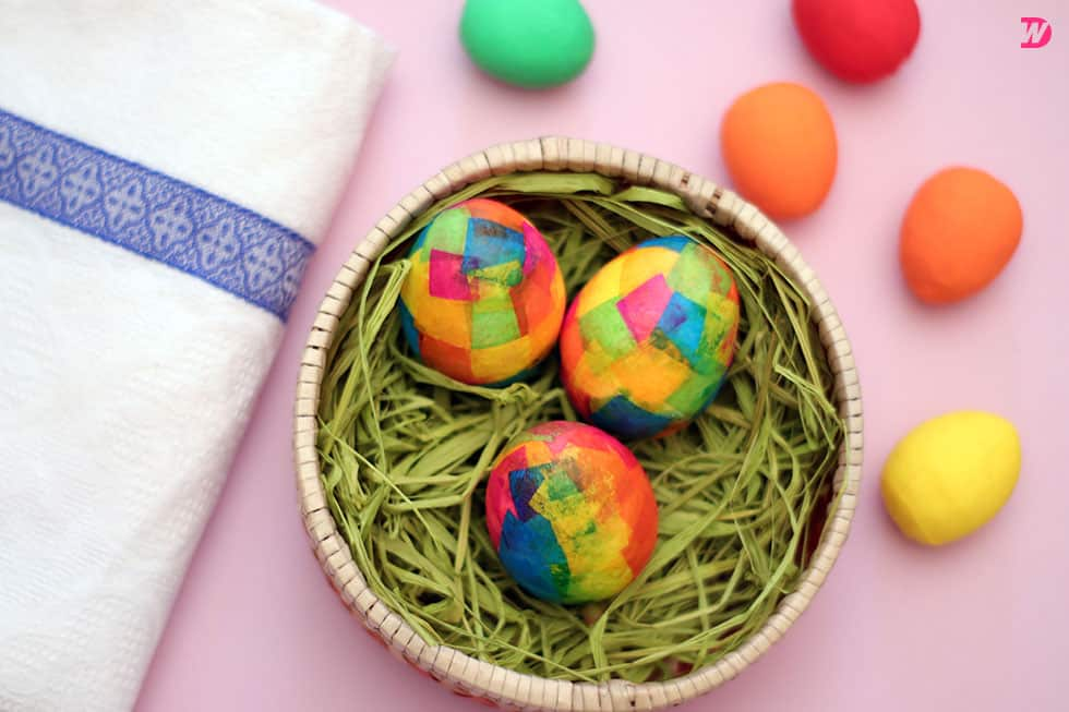 Paper Maché Easter Eggs tutorial Paper Maché Easter Eggs for Colorful Holidays