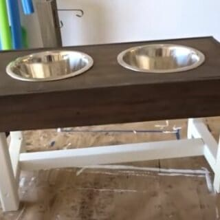 15 DIY Dog Food Stands Made from Scratch